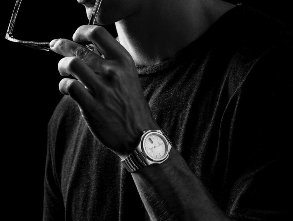 Herre ur i sort og hvid